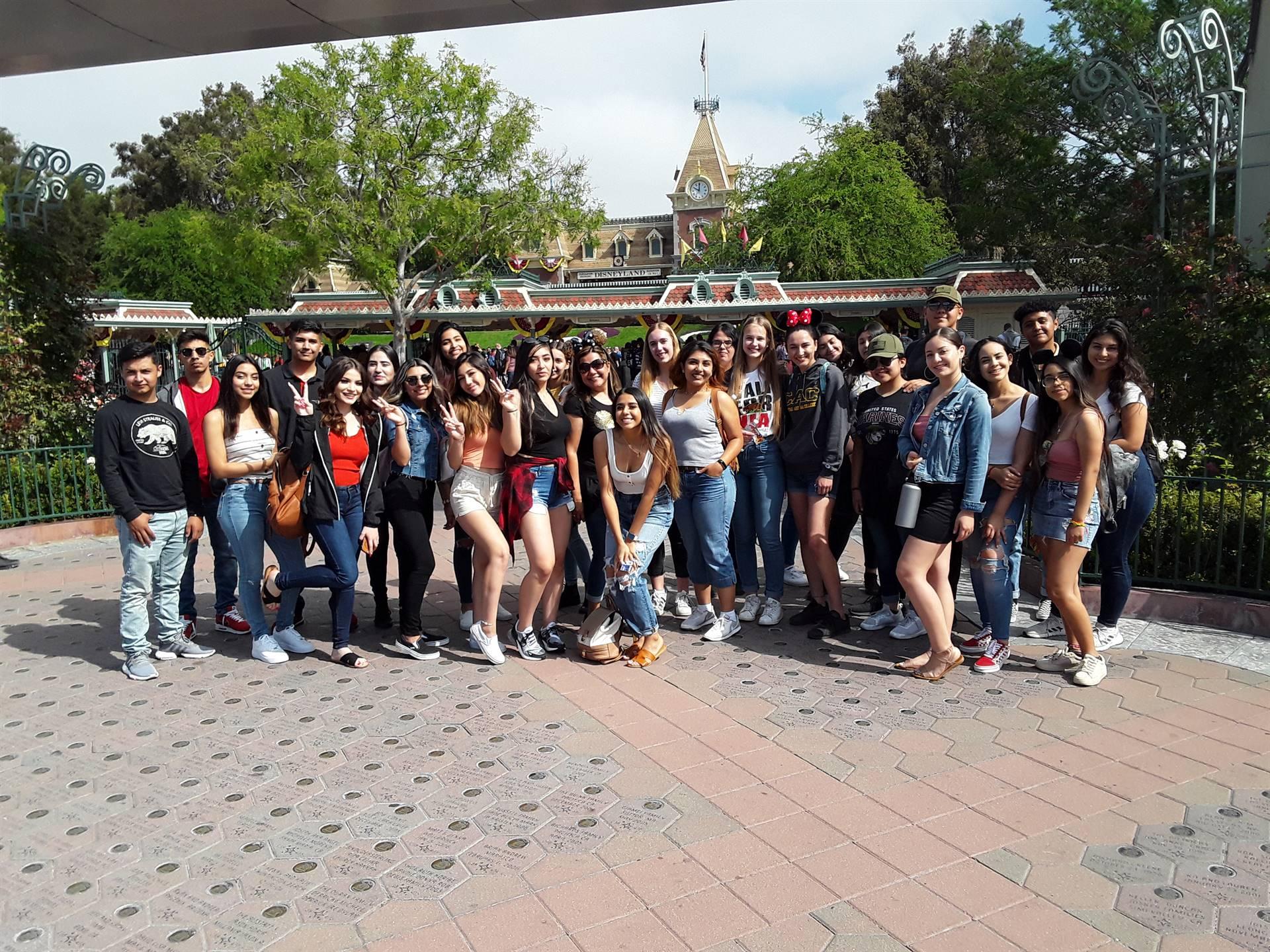 AP Spanish Club Disney Trip 201819