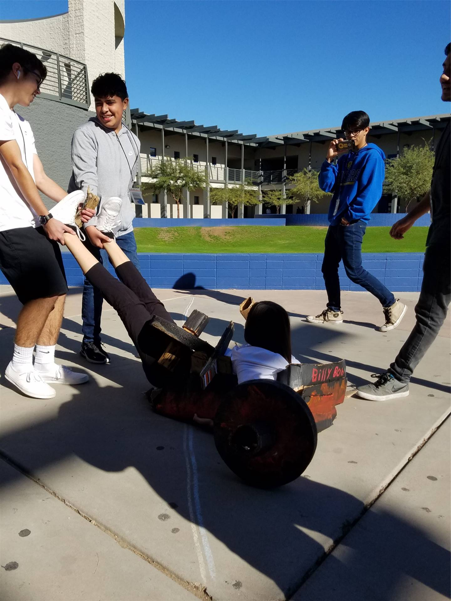 Engineering I Great Cardboard Chariot Race 20191211 (3)
