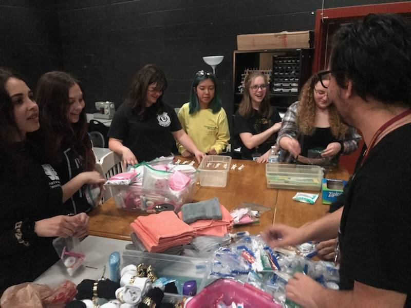 SkillsUSA & Thespians Bags For Homeless (3)