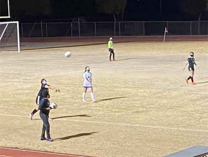 VG-SoccerGirls20210121 (4)Crop