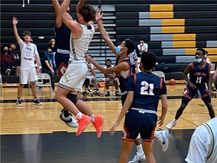 VG-BasketballBoys20210122 (4)Crop