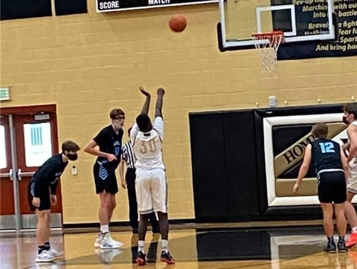 VG-BasketballBoys20210213 (1)Crop