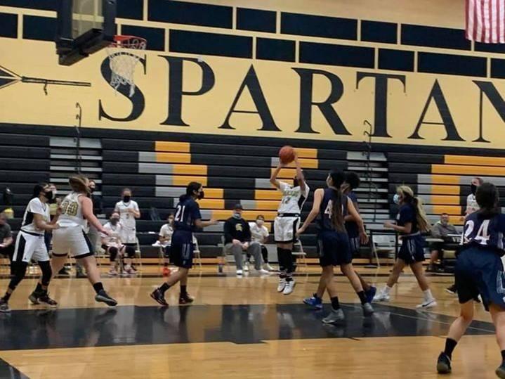 VG-BasketballGirls20210226 (6)Crop