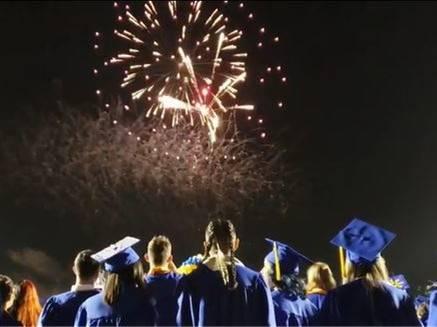 CG-GraduationCeremony20210518 (10)Crop